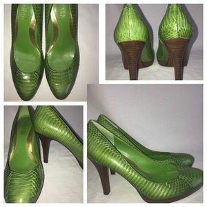 774353d11f1 Ralph Lauren green snake skin pumps T3